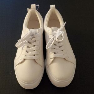 H&M Divided Tennis Shoes